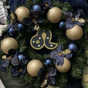 Leo Christmas Wreath